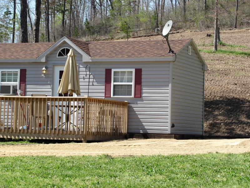 Cabin 1, sleeps 5 - Country Cabins Near the Black River, MO - Annapolis - rentals