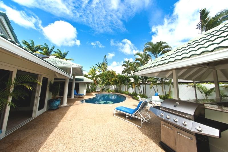 5BR Great Kahala Home,Pool,Tiki Bar,Near Beach - Image 1 - Kahala - rentals