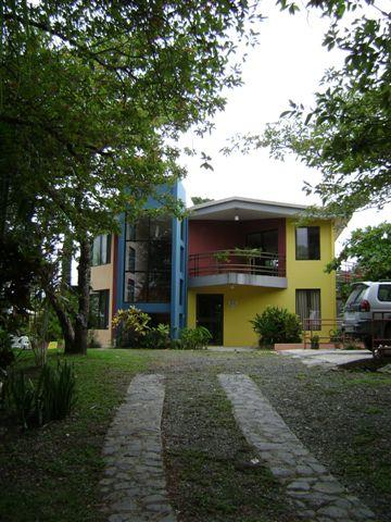 Main entrance and parking on the right - Beautiful home w private pool and gorgeous views - Manuel Antonio National Park - rentals