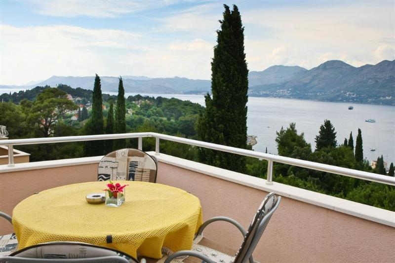 Balcony - Holiday flat for up  to 5 with sea view in Cavtat - Cavtat - rentals