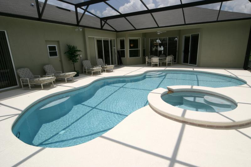 Luxury 6 Bedroom Villa - Davenport.  Conservation View - Image 1 - Davenport - rentals