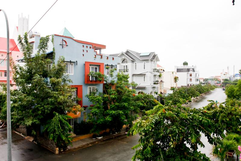 View from your balcony - 2 bed/ 2 baths with balcony in villa District 2 - Ho Chi Minh City - rentals