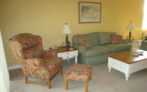 Living room - 3BR golf villa @ Barefoot Resort, pool/WiFi/more! - North Myrtle Beach - rentals