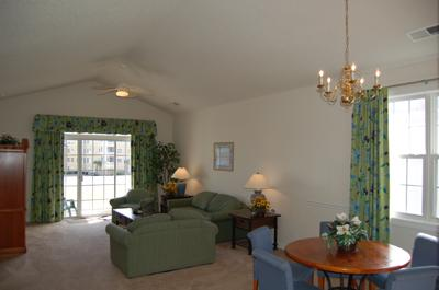 Living room and dining area - Lovely 3BR golf villa @ Barefoot Resort, WiFi/pool - North Myrtle Beach - rentals