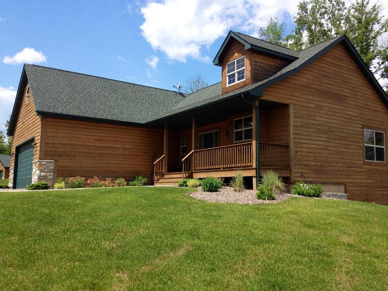 Front of Cabin - 4 Bedroom All Year Lake Home at Big Sandy Resort - McGregor - rentals