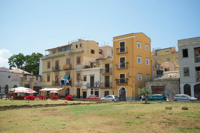 The ORANGE tower! - Acanto Bianco - Palermo - rentals