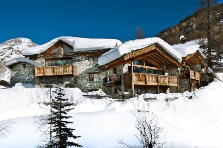 Chalet Le Mistral- Manchet Valley view, Ski-in/Ski out, 2 jacuzzis & staff - Image 1 - Val-d'Isère - rentals