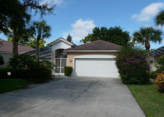 East Naples house w/ heated pool, close to beaches & restaurants - Image 1 - Naples - rentals