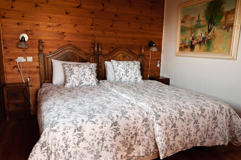 Master bedroom - Wind in the Mountains Guest house in Rosh Pina - Rosh Pina - rentals