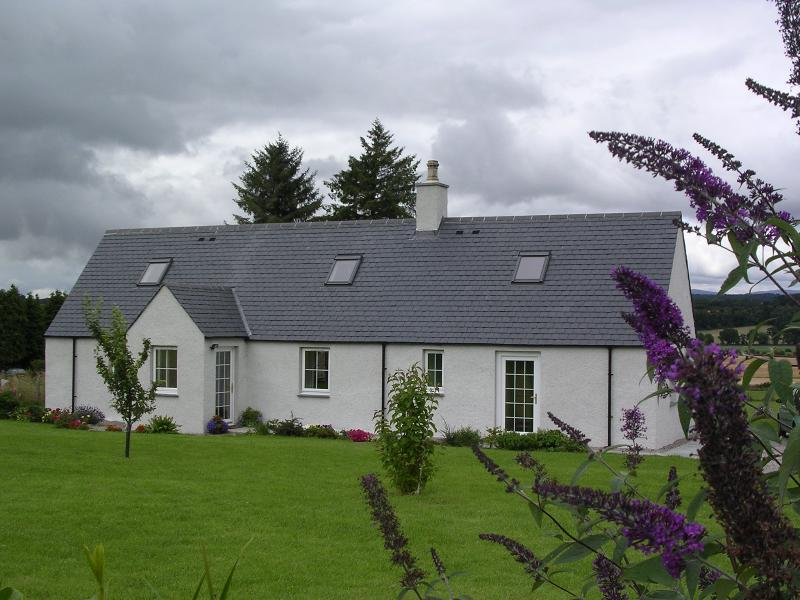 Herdsman Cottage - The Herdsmans Cottage - North Kessock - rentals