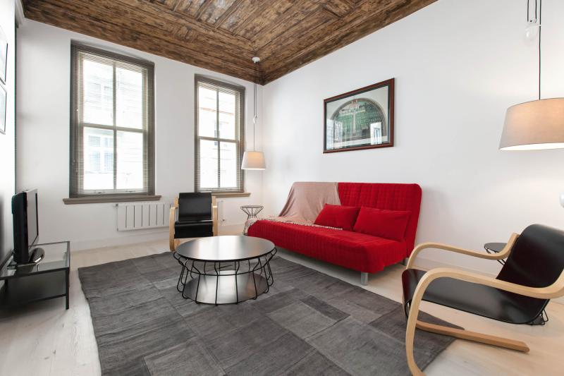 PETRA | affordable and central 1Bed! - Image 1 - Istanbul - rentals
