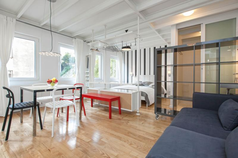 ZOE | Very central 1bed flat with 50m2 terrace! - Image 1 - Istanbul - rentals