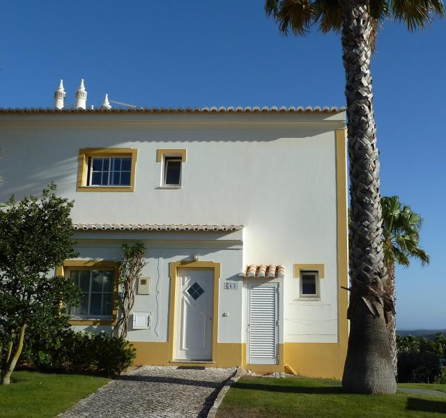 Front of the House - Parque da Floresta Golf Village Townhouse, Budens - Budens - rentals