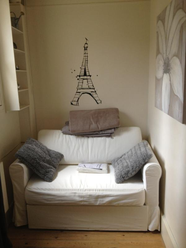 Flat close to Champs Elysées ! - Image 1 - Paris - rentals