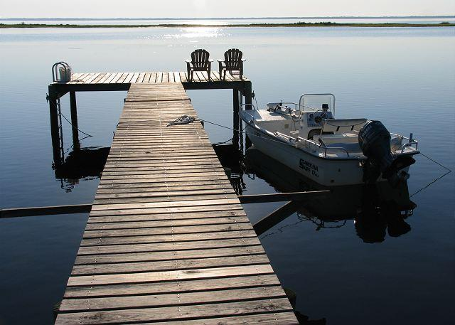 Moor your boat, kayak or canoe at our dock for easy access to St Joe Bay. - Bay Time - Cape San Blas - rentals