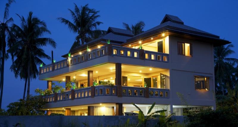 villa at dusk - 3 bedroom pool villa, quiet area, close to beach - Rawai - rentals