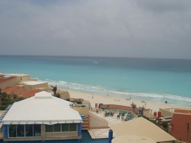 View from the Condo - 2 bedroom condo - Cancun - rentals