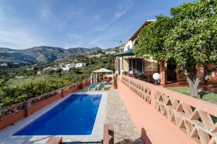 VILLA WITH PRIVATE POOL, SEA VIEW AND MOUNTAIN - Image 1 - Almunecar - rentals