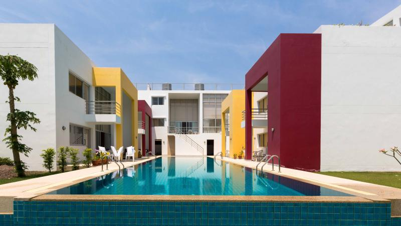 Baan Sunanta Resort - 7 separate rooms, sleeps 28 - Image 1 - Hua Hin - rentals