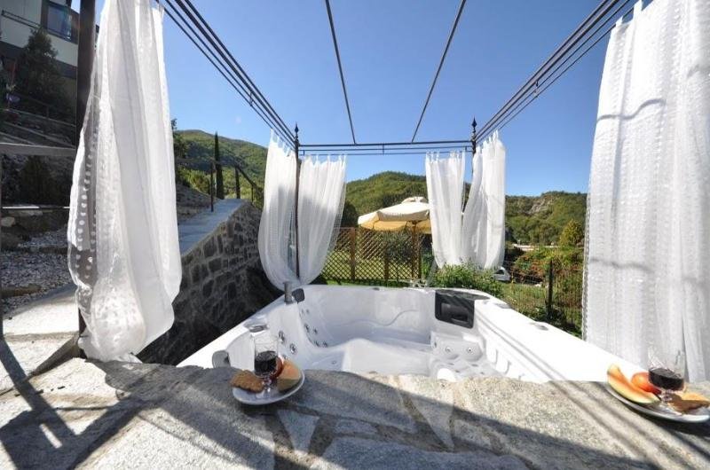 Nice Country house with outdoor mini whirlpool - Image 1 - San Godenzo - rentals