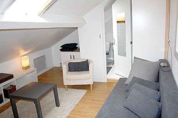 Perfect Chic 1 Bedroom at Rue Jean Mermoz in Paris - Image 1 - Paris - rentals