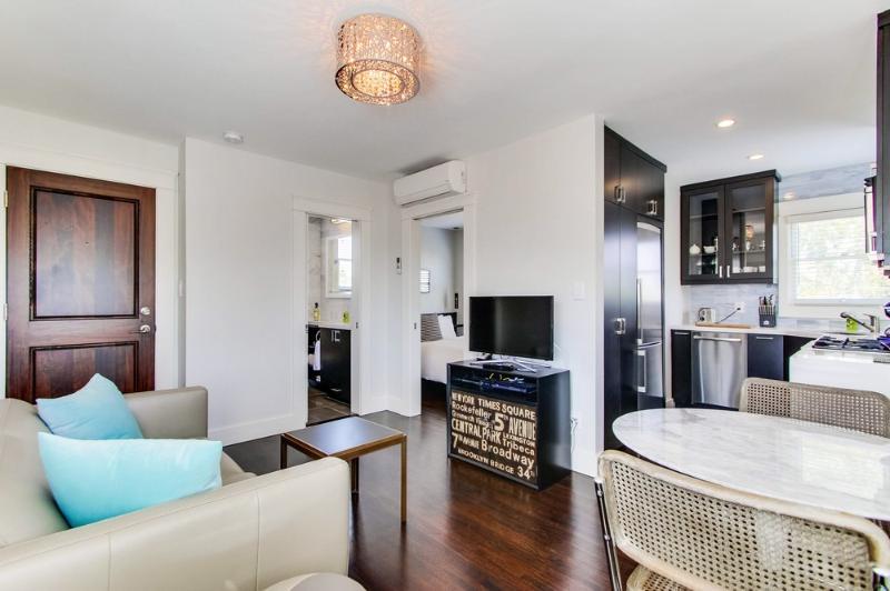 Compact, Sexy 1 Bedroom - Walkable! - North Park - Image 1 - Pacific Beach - rentals