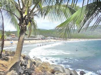Chacala Main Beach steps away - VILLA LINDA VISTA -STEPS TO THE SAND!  Beach renta - Chacala - rentals