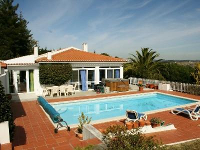 1003991 - Beautiful Air Conditioned Country Villa with large private Pool, Free Wifi - Sleeps 6 - Caldas da Rainha - Image 1 - Leiria - rentals
