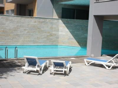 1104942 - 3 bedroom apartment - Very close to beach with good size balcony and WiFi access - Sleeps 6 - Sao Martinho do Porto - Image 1 - Sao Martinho do Porto - rentals
