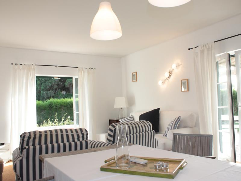 119367 - 3 bedroom fully air conditioned luxury villa - Located in the luxury Vila Bicuda Resort - Sleeps 7 -  Cascais - Image 1 - Cascais - rentals