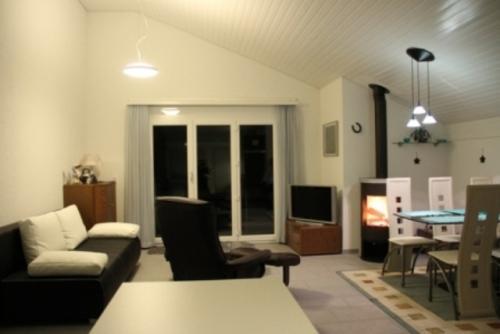 LLAG Luxury Vacation Apartment in Emmetten - 700 sqft, central, quiet, convenience (# 4363) #4363 - LLAG Luxury Vacation Apartment in Emmetten - 700 sqft, central, quiet, convenience (# 4363) - Gersau - rentals