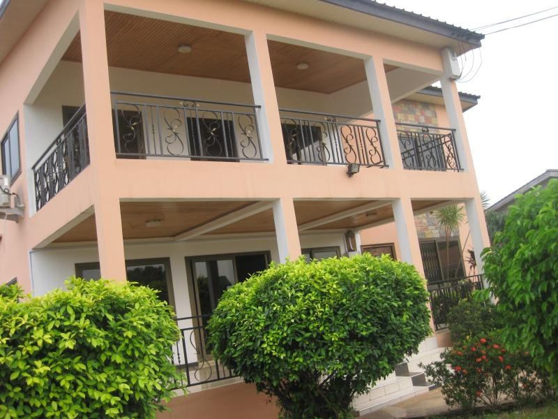 GHouse -ideal for friends/family and corporate let. Your home away from home. - Image 1 - Accra - rentals