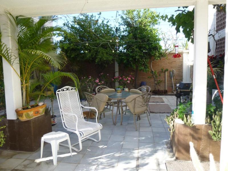 Patio - Pineda 1 One and half block to the Malecon - La Paz - rentals