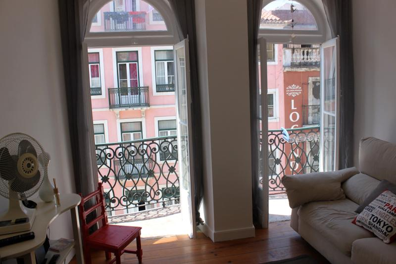 House of the Doors, at Coliseum street - Image 1 - Lisbon - rentals