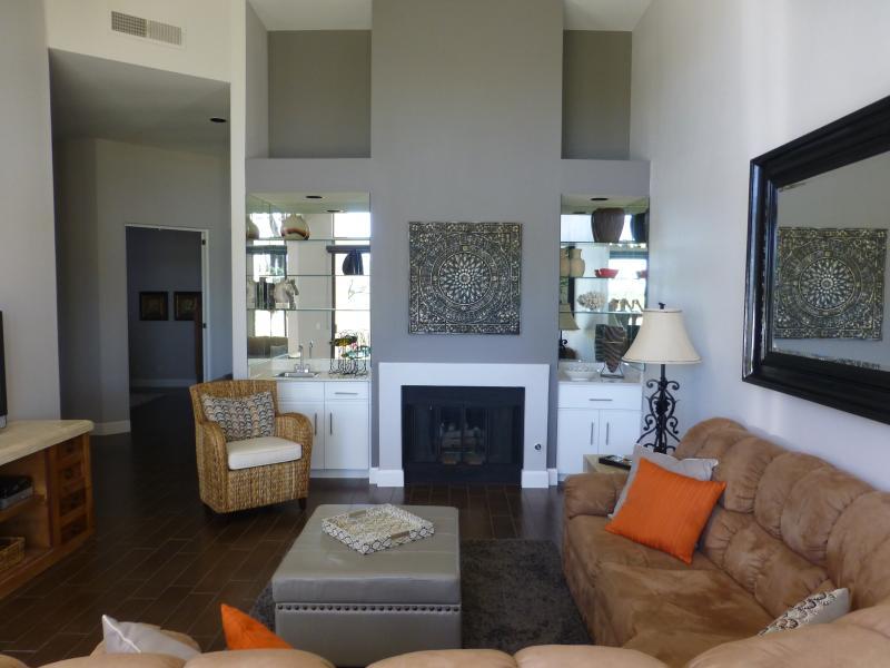 Beautiful remodelled luxury home on PGA Stadium. - Image 1 - La Quinta - rentals