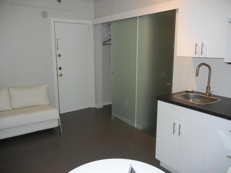 STUDIO - Modern/OceanFront/Pool/Ktchen/FreeWifi LOCATION! - Miami Beach - rentals