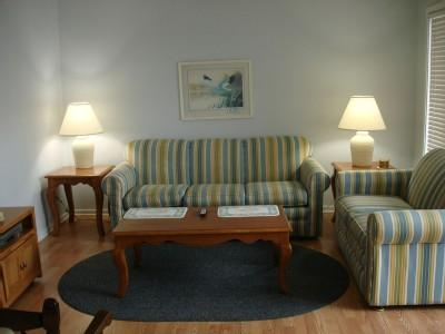 Living room - YOU'LL LOVE MB RESORT! POOLS/GYM/WIFI! - A350 2BR - Myrtle Beach - rentals