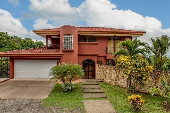 Private Home Rental- Waterslide, Pool & Views MA15 - Image 1 - Manuel Antonio National Park - rentals
