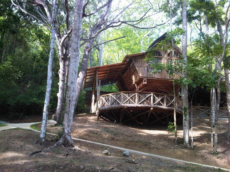MTB lodge in Playa Hermosa Costa Rica - Image 1 - Playa Hermosa - rentals