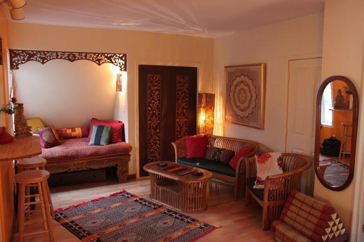 mandala studio - Beautiful Bright Cozy & Elegant  Uptown Studio Apt - Nelson - rentals