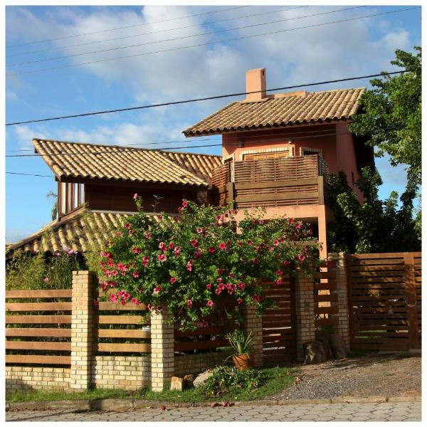 Welcome to Floripa Guest House! - Spacious house just off spectacular Campeche Beach - Florianopolis - rentals