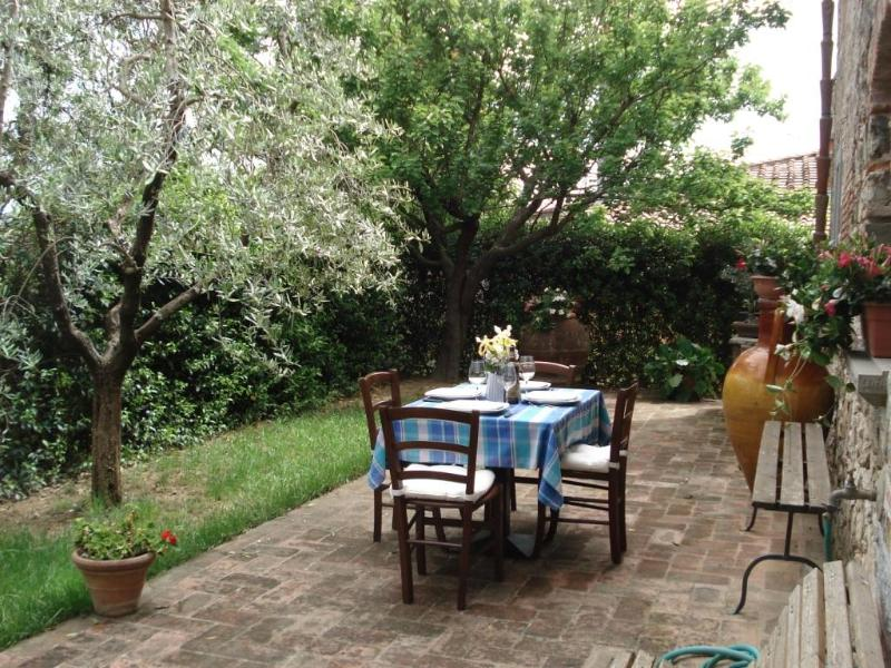 Private garden - The Beautiful Stone House - Lastra a Signa - rentals