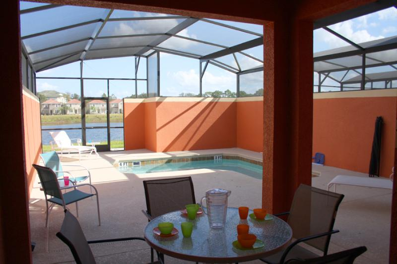 PRIVATE POOL LAKE VIEW - Paradise Palms 4 Bedroom Villa with Private Pool Overlooking Lake - Kissimmee - rentals