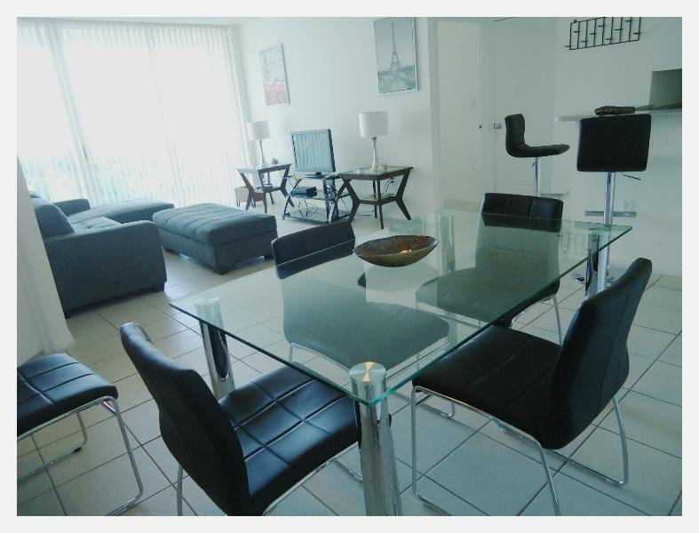 dining room - Standard and cozy apart 2 bedrooms - Sunny Isles Beach - rentals