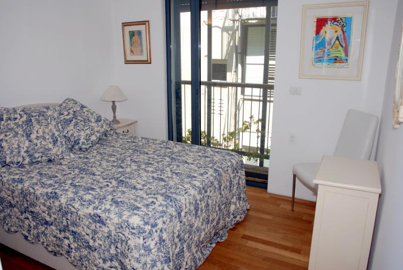 Double Bedroom - Deluxe Nachmani - Tel Aviv - 2 Bedroom Apartment - Tel Aviv - rentals