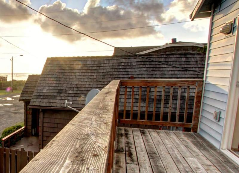 Pet-friendly, oceanview home close to the beach - Image 1 - Rockaway Beach - rentals