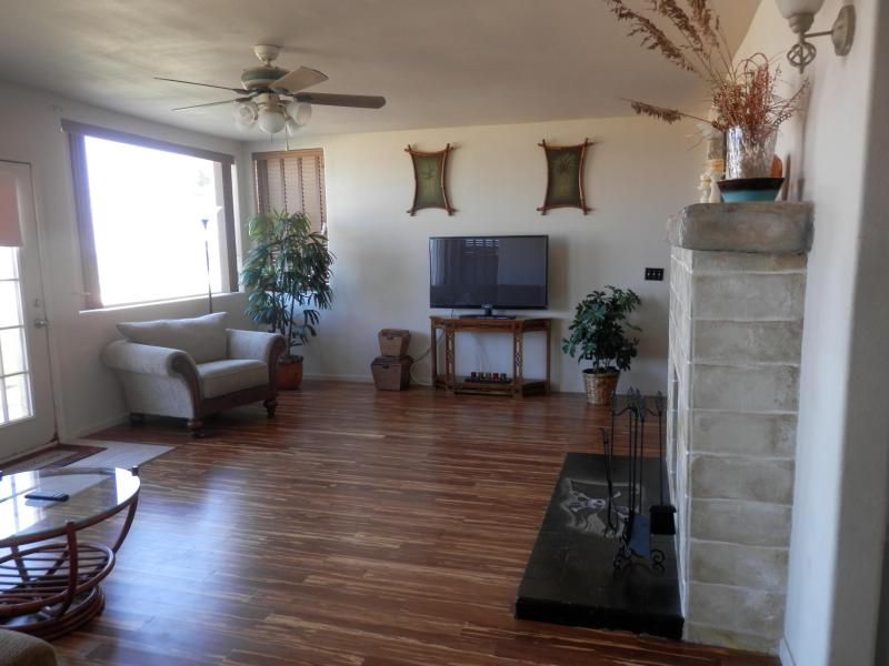 Living Room with new bamboo hardwood floors - Florida 3br/2ba Ocean-front House - Flagler Beach - Flagler Beach - rentals