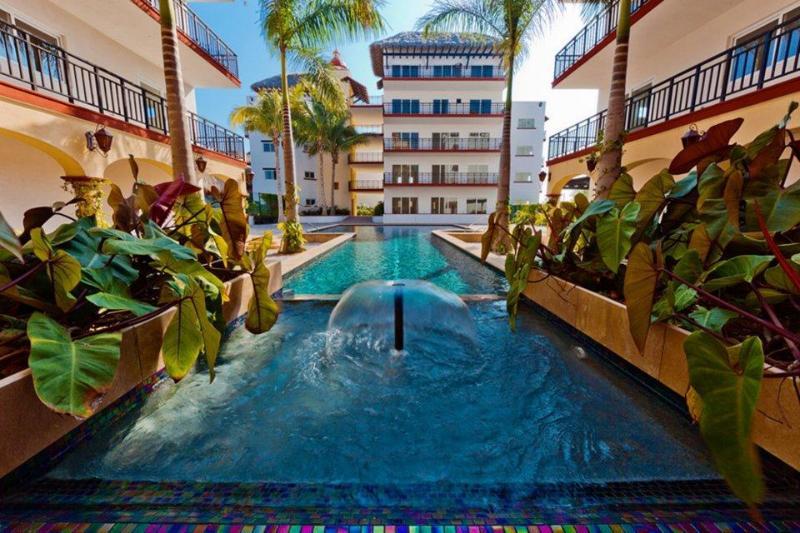 Courtyard and lap pool - Steps to Surf & San in beautiful Punta Mita! - Punta de Mita - rentals