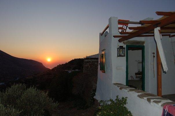 Sunset front porch - Traditional barn in Sifnos - Sifnos - rentals