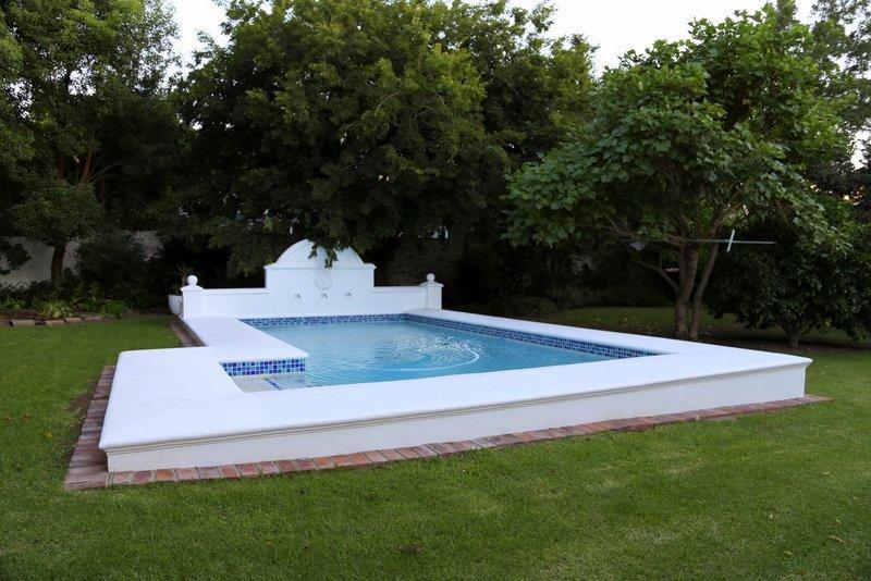 Pool heated by the sun - Le Villa Du Soleil - a luxury villa on main road - Franschhoek - rentals